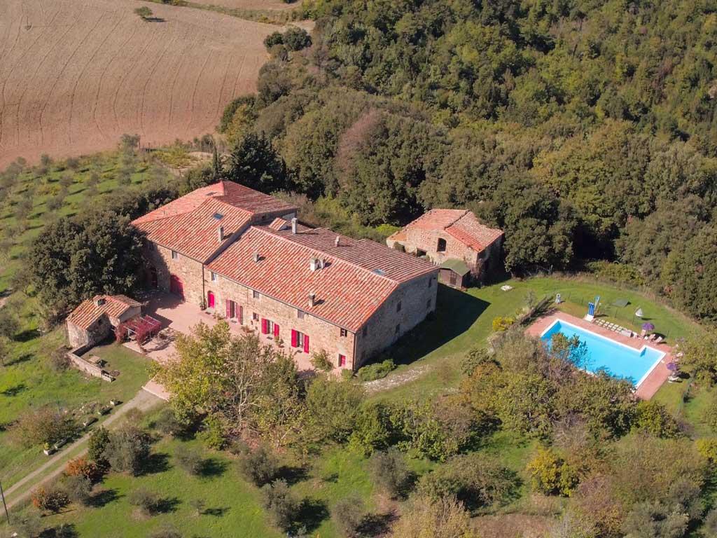 podere lecceta casa vacanze toscana foto con drone